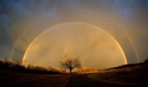 небо с радугой