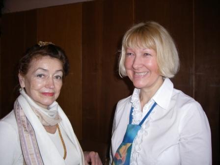Жанна Смоленко (справа)